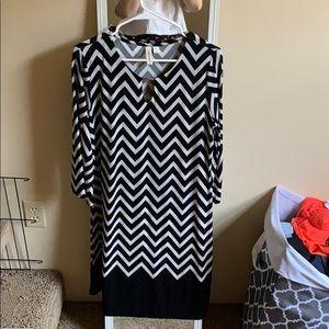 Tacera PL dress